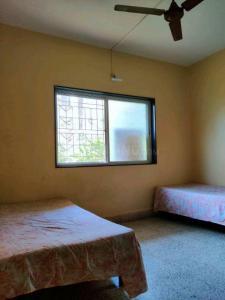 बालेवाड़ी में संगीता के बेडरूम की तस्वीर