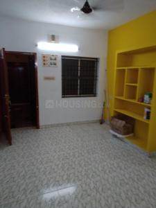Gallery Cover Image of 650 Sq.ft 1 BHK Independent Floor for rent in Selaiyur for 7000