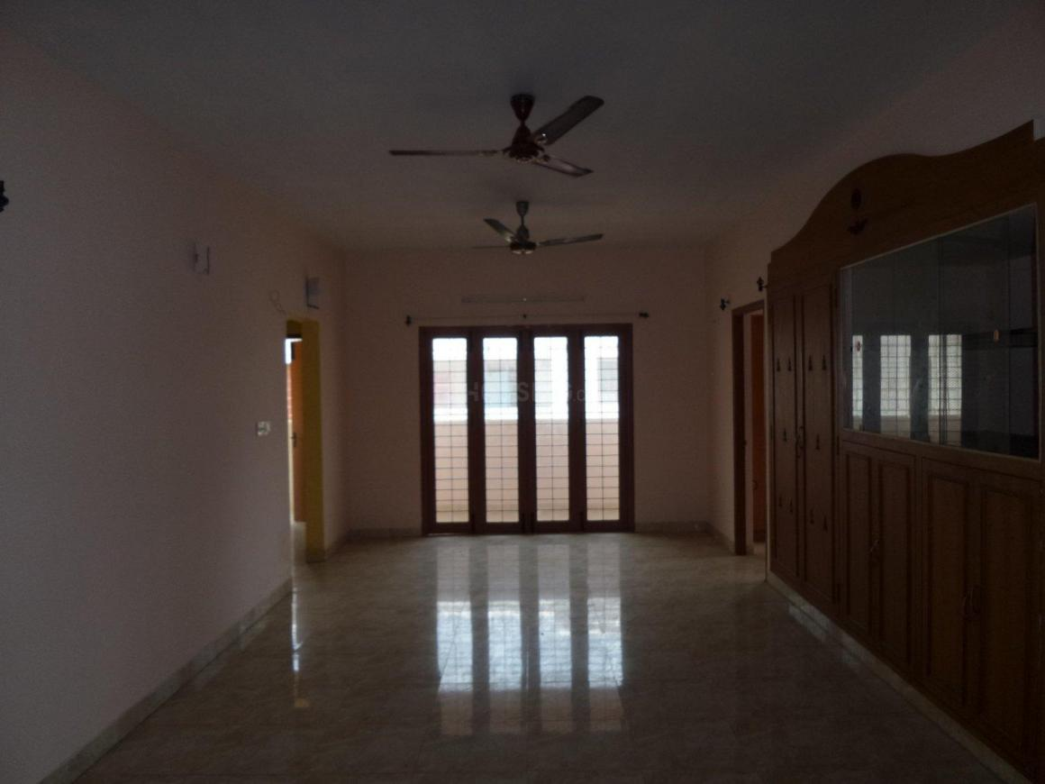 Living Room Image of 1475 Sq.ft 3 BHK Apartment for buy in Thoraipakkam for 8000000