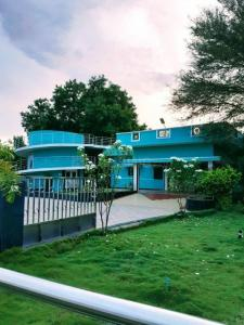 Gallery Cover Image of 3500 Sq.ft 4 BHK Villa for rent in Valipalayam for 39500
