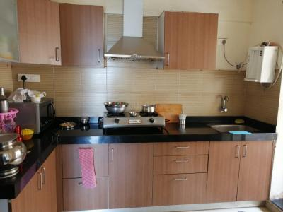 Gallery Cover Image of 945 Sq.ft 2 BHK Apartment for rent in Lohegaon for 18000
