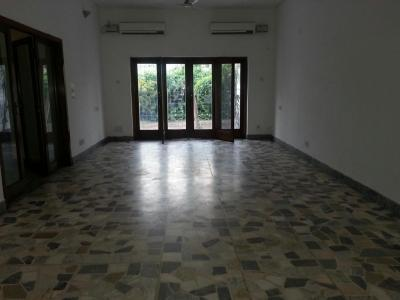 Gallery Cover Image of 8000 Sq.ft 8 BHK Independent House for buy in Chanakyapuri for 990000000