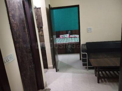 Gallery Cover Image of 700 Sq.ft 2 BHK Independent Floor for rent in M 82, Nawada for 17000