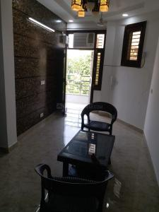 Gallery Cover Image of 550 Sq.ft 1 BHK Apartment for rent in Netaji Subhash Apartments, Sector 13 Dwarka for 20000