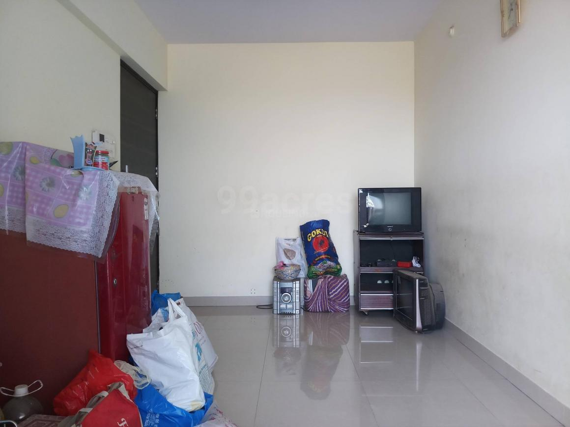 Living Room Image of 600 Sq.ft 1 BHK Apartment for rent in Taloje for 6000