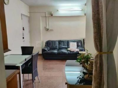 Gallery Cover Image of 920 Sq.ft 2 BHK Apartment for rent in Kandivali East for 32000