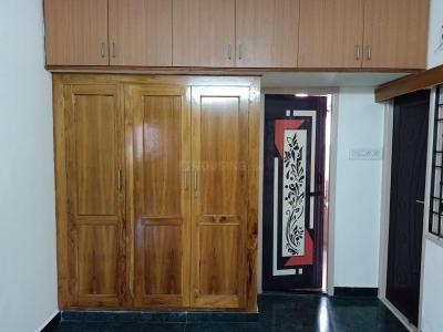 Gallery Cover Image of 1000 Sq.ft 2 BHK Apartment for rent in Vadapalani for 20000