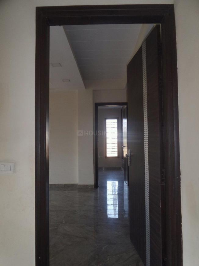 Main Entrance Image of 2750 Sq.ft 3 BHK Independent Floor for buy in Sector 52 for 13500000
