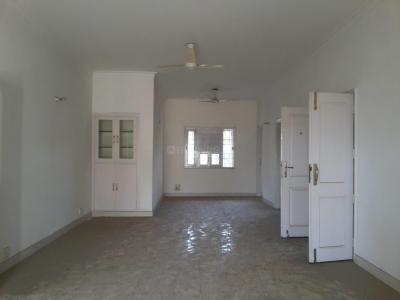 Gallery Cover Image of 1700 Sq.ft 3 BHK Independent Floor for buy in Sector 28 for 12500000