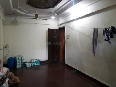 Gallery Cover Image of 1050 Sq.ft 2 BHK Apartment for rent in Goregaon West for 30000