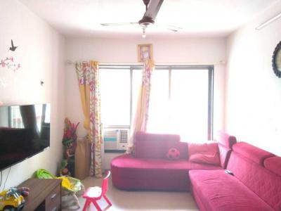 Gallery Cover Image of 1300 Sq.ft 3 BHK Apartment for rent in Powai for 50000
