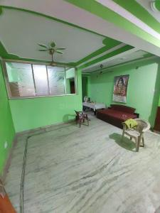 Gallery Cover Image of 1010 Sq.ft 2 BHK Independent Floor for rent in Shastri Nagar for 8500