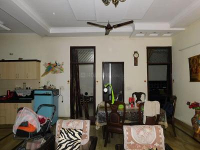 Gallery Cover Image of 1400 Sq.ft 3 BHK Independent Floor for buy in Shastri Nagar for 5000000
