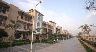 Gallery Cover Image of 1710 Sq.ft 3 BHK Independent Floor for buy in BPTP Parklands Pride, Sector 77 for 4400000