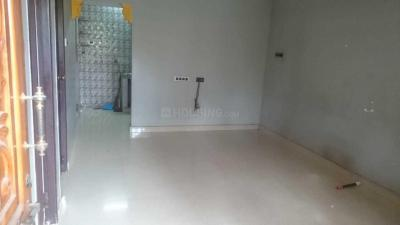 Gallery Cover Image of 755 Sq.ft 2 BHK Independent Floor for rent in Vyasarpadi for 14000