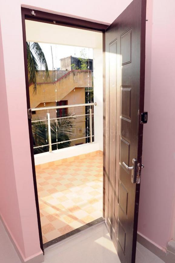 Living Room Image of 1800 Sq.ft 3 BHK Independent House for rent in Korattur for 20000