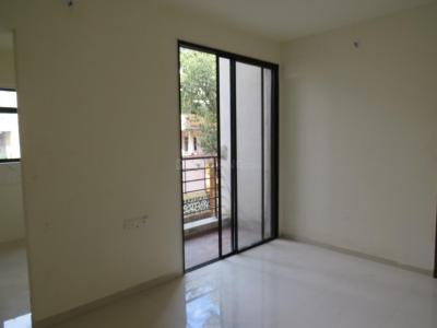 Gallery Cover Image of 764 Sq.ft 2 BHK Apartment for buy in Akurli for 5886000