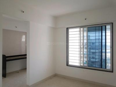 Gallery Cover Image of 860 Sq.ft 2 BHK Apartment for rent in Pimple Gurav for 18000