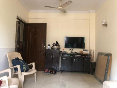 Gallery Cover Image of 540 Sq.ft 1 RK Apartment for buy in Malad West for 7400000