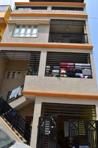 Gallery Cover Image of 2400 Sq.ft 4 BHK Independent House for buy in Anjanapura Township for 8605000