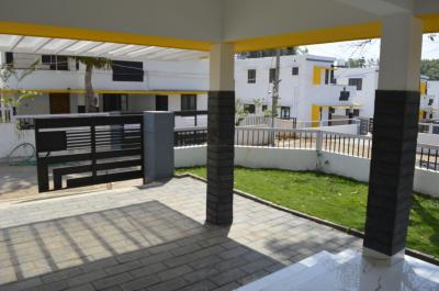 Gallery Cover Image of 1500 Sq.ft 3 BHK Villa for buy in Puthurkkara for 4250000