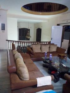 Gallery Cover Image of 4400 Sq.ft 5 BHK Independent House for rent in Banjara Hills for 175000