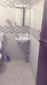 Bathroom Image of Bipul's House in Sector 62