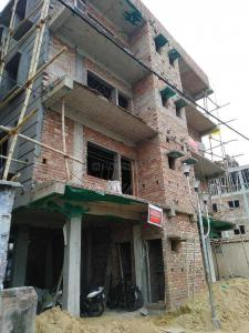 Gallery Cover Image of 850 Sq.ft 2 BHK Apartment for buy in Behala for 3000000