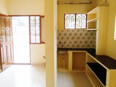 Gallery Cover Image of 410 Sq.ft 1 BHK Independent Floor for rent in Basaveshwara Nagar for 11890