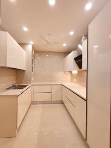 Gallery Cover Image of 2700 Sq.ft 3 BHK Independent Floor for buy in Sector 57 for 14000000