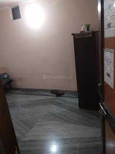 Gallery Cover Image of 900 Sq.ft 1 RK Independent House for rent in Mahavir Enclave for 4000