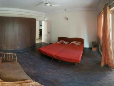 Gallery Cover Image of 2700 Sq.ft 3 BHK Independent Floor for rent in Sushant Lok 3, Sector 57 for 35000