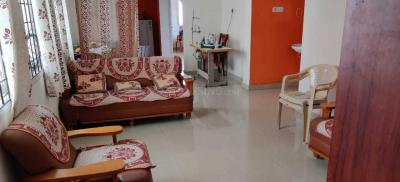 Gallery Cover Image of 1350 Sq.ft 3 BHK Apartment for rent in Plaza Serene Acres, Thoraipakkam for 22000