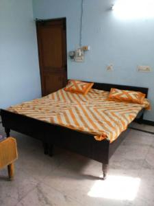 Gallery Cover Image of 650 Sq.ft 1 RK Independent House for rent in Sector 55 for 7500