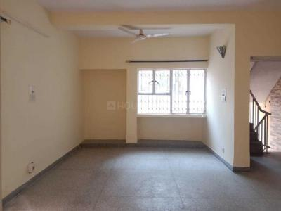 Gallery Cover Image of 1680 Sq.ft 3 BHK Apartment for rent in Vasant Kunj for 45000