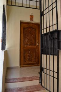 Gallery Cover Image of 1117 Sq.ft 2 BHK Apartment for buy in  Sree Yetheendra, Keelakattalai for 5600000