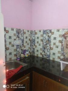 Gallery Cover Image of 500 Sq.ft 1 BHK Apartment for rent in DDA Akshardham Apartments, Sector 19 Dwarka for 13000