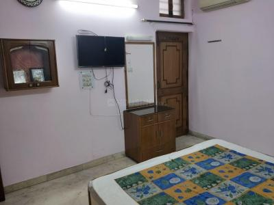 Gallery Cover Image of 950 Sq.ft 3 BHK Apartment for rent in Paschim Vihar for 25000