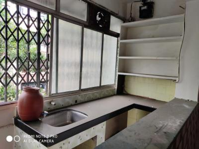 Gallery Cover Image of 450 Sq.ft 1 RK Apartment for buy in Ganesh Niwas I, Thane West for 5800000