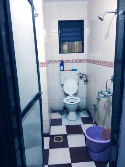 घनसोली में पीजी लाइफ के बाथरूम की तस्वीर