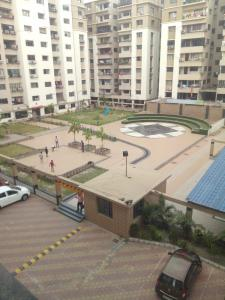 Gallery Cover Image of 1280 Sq.ft 3 BHK Apartment for rent in South Dum Dum for 18000