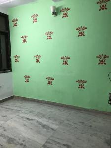 Gallery Cover Image of 500 Sq.ft 1 BHK Independent Floor for rent in Govindpuri for 7500