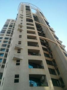 Gallery Cover Image of 1375 Sq.ft 3 BHK Apartment for rent in Malad East for 65000