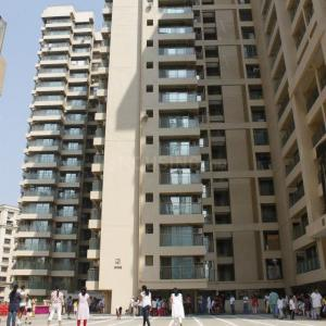 Gallery Cover Image of 1540 Sq.ft 3 BHK Apartment for rent in Raheja Vistas, Powai for 68000