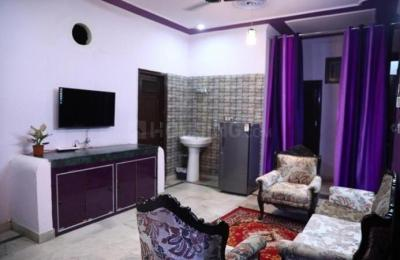 Living Room Image of Shree Balaji PG in Shakarpur Khas