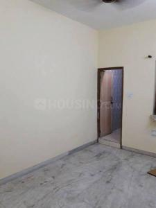 Gallery Cover Image of 250 Sq.ft 1 RK Independent Floor for rent in Preet Vihar for 5500