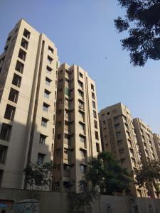 Gallery Cover Image of 1170 Sq.ft 2 BHK Apartment for buy in Safal Parisar 1, Bopal for 5500000
