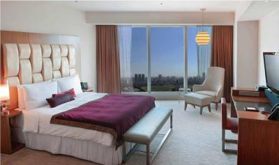 Gallery Cover Image of 1400 Sq.ft 3 BHK Apartment for rent in Worli for 550000