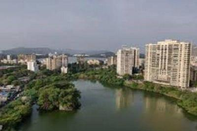 Gallery Cover Image of 1050 Sq.ft 3 BHK Apartment for buy in Supreme Lake Primrose, Powai for 24000000