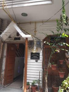 Building Image of Pankaj PG in Mayur Vihar Phase 1